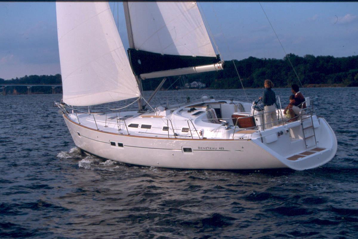 1 Oceanis Clipper 411